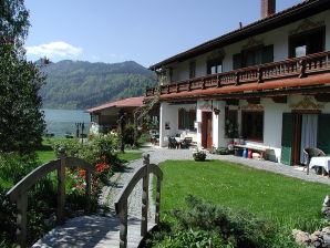 Ferienwohnung Nr. 5 direkt am See im Gästehaus Rauch
