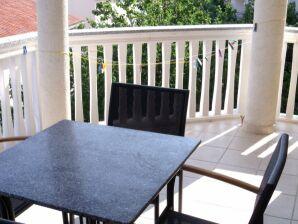 Ferienwohnung 4+2 in der Villa Mira (Seeblick)