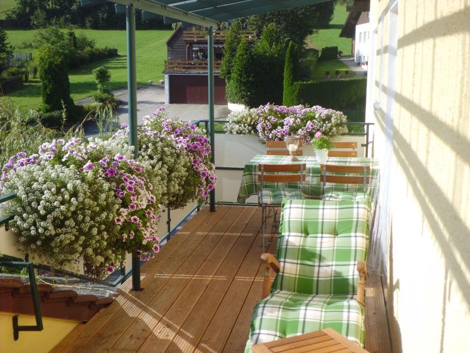 Ferienwohnung obstgarten t r ume kirschbl te for Gartengestaltung ostseite