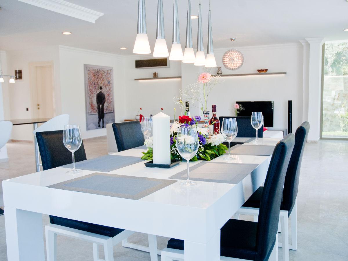 villa mondschein antalya umgebung frau vogel. Black Bedroom Furniture Sets. Home Design Ideas