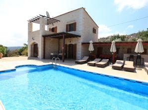 Ferienhaus Helena, Alleinlage, Pool auf 4500 m²
