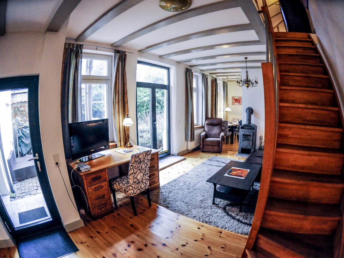 ferienhaus gartenhaus im einhornhaus mit kamin und. Black Bedroom Furniture Sets. Home Design Ideas