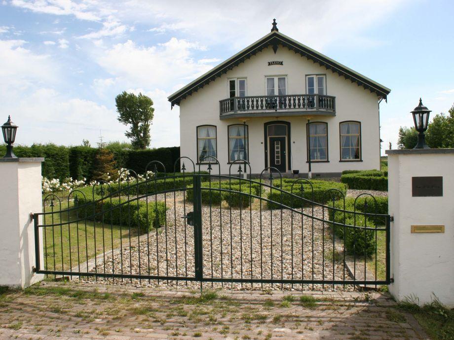 Der Eingangsbereich von Manor