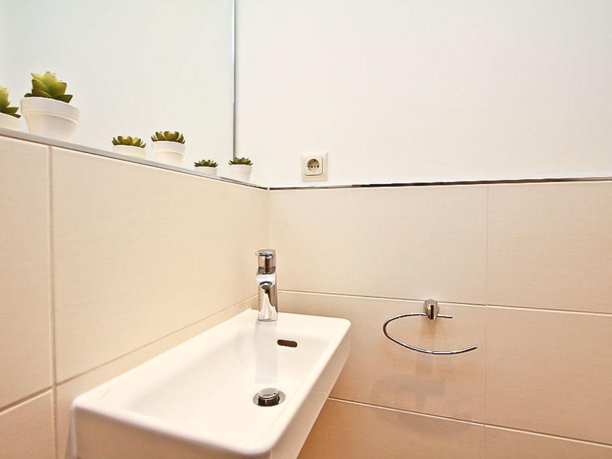 ferienwohnung ostseestrand app 17 schleswig holstein ostsee l becker bucht firma b bs. Black Bedroom Furniture Sets. Home Design Ideas