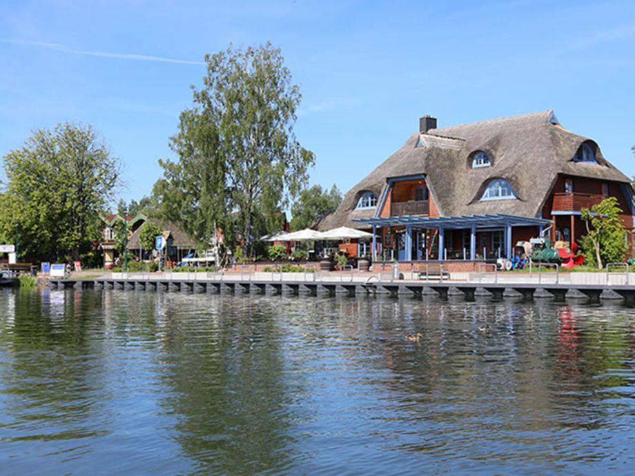 Fischerhaus mit Promenade