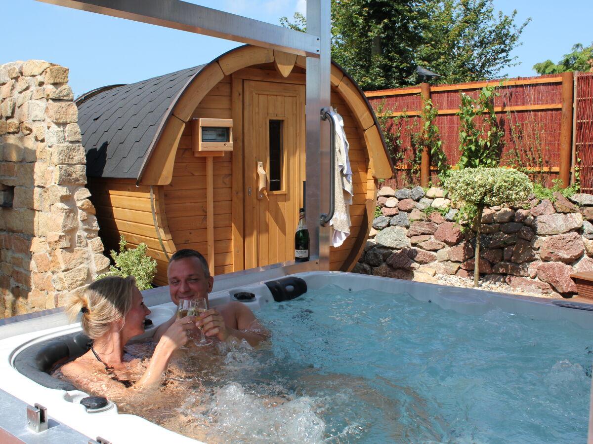 Whirlpool nrw mit ferienwohnung Ferienhaus mit