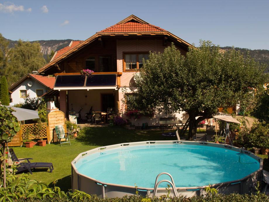 Südseite mit Pool, Sitz. u.Liegemöglichkeiten, Baumhaus
