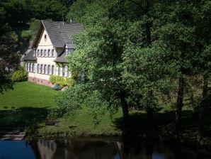 """Gästehaus Schulhaus """"Bel Etage"""""""