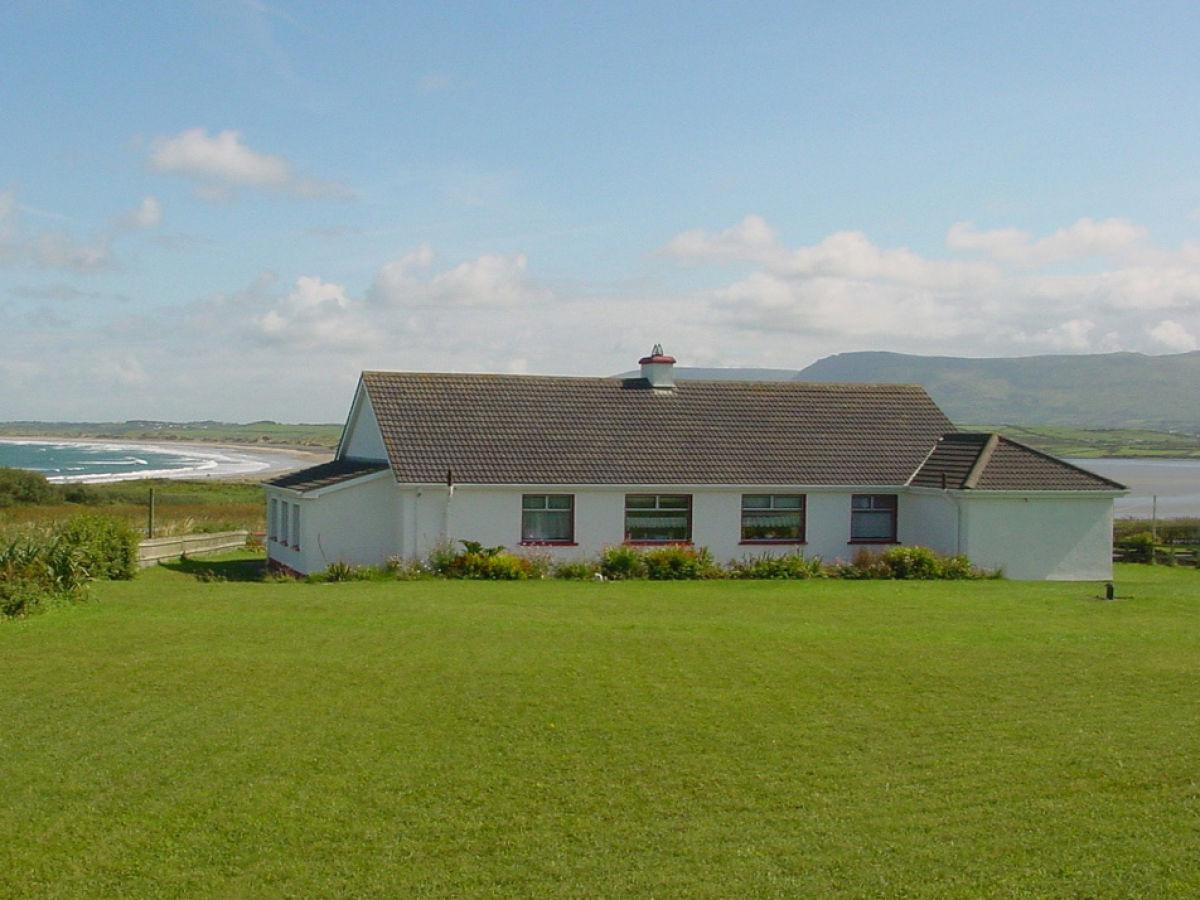 streedagh beach cottage am wild atlantic way irland irland westen sligo grange frau lydia. Black Bedroom Furniture Sets. Home Design Ideas