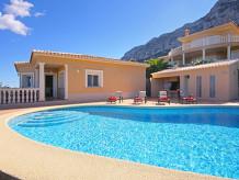 Villa El Bella