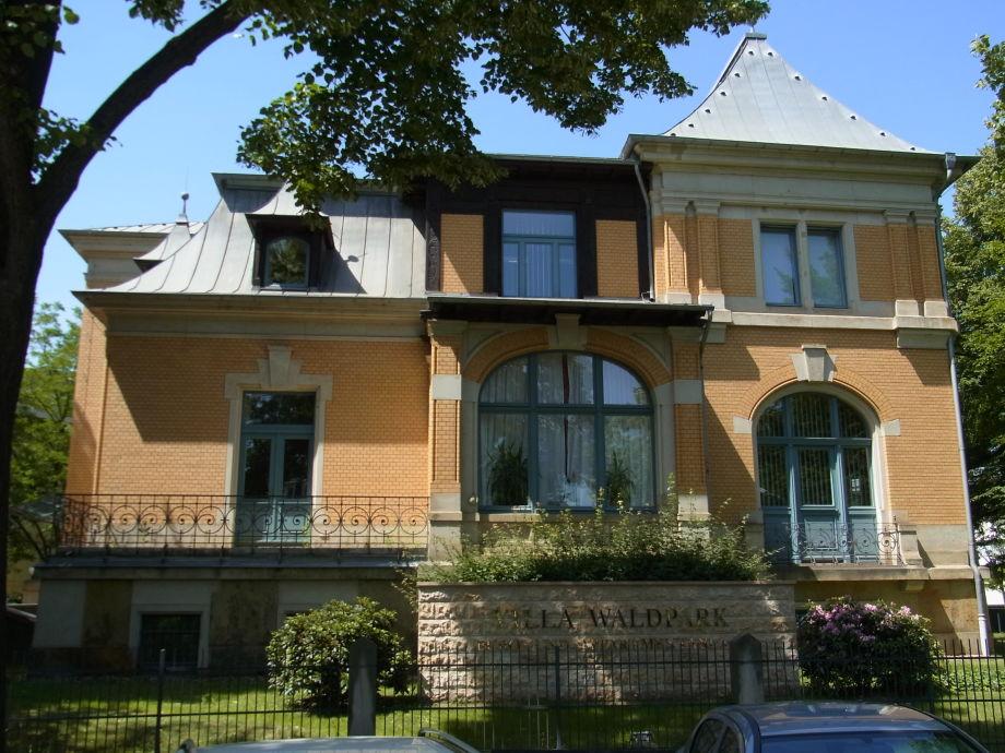 Außenansicht Villa Waldpark