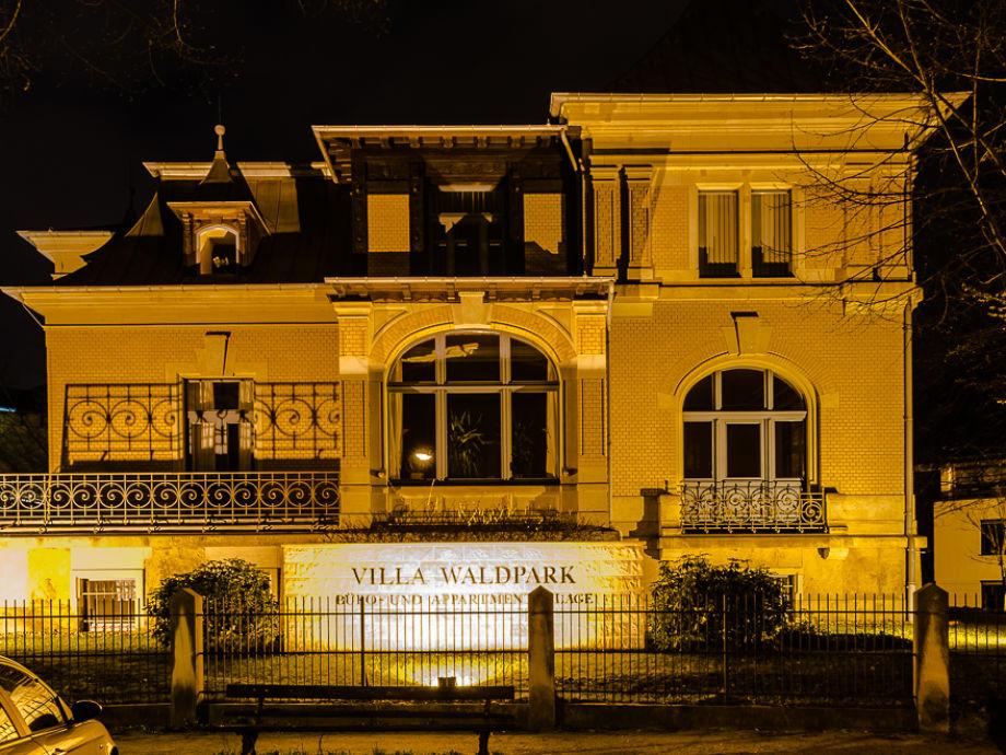 apartment villa waldpark dresden frau nadine nitzsche. Black Bedroom Furniture Sets. Home Design Ideas
