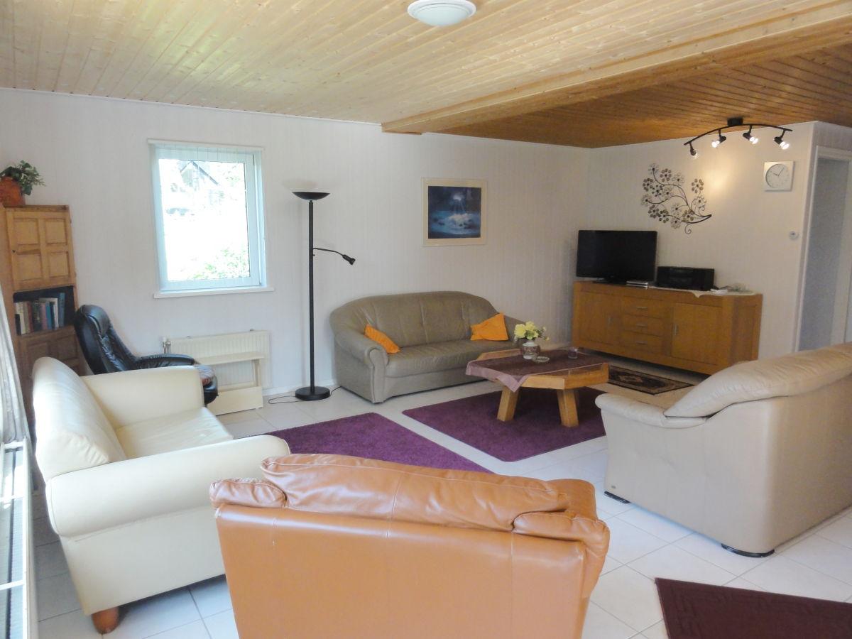 Wohnzimmer Fernseher – MiDiR