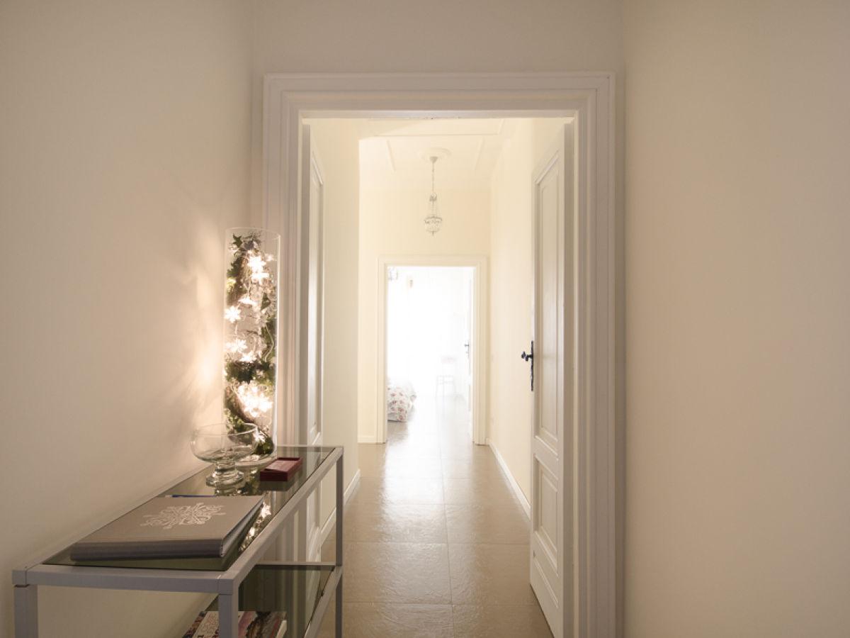ferienwohnung aroma di roma maison rom firma aroma di roma maison frau raffaella amurri. Black Bedroom Furniture Sets. Home Design Ideas