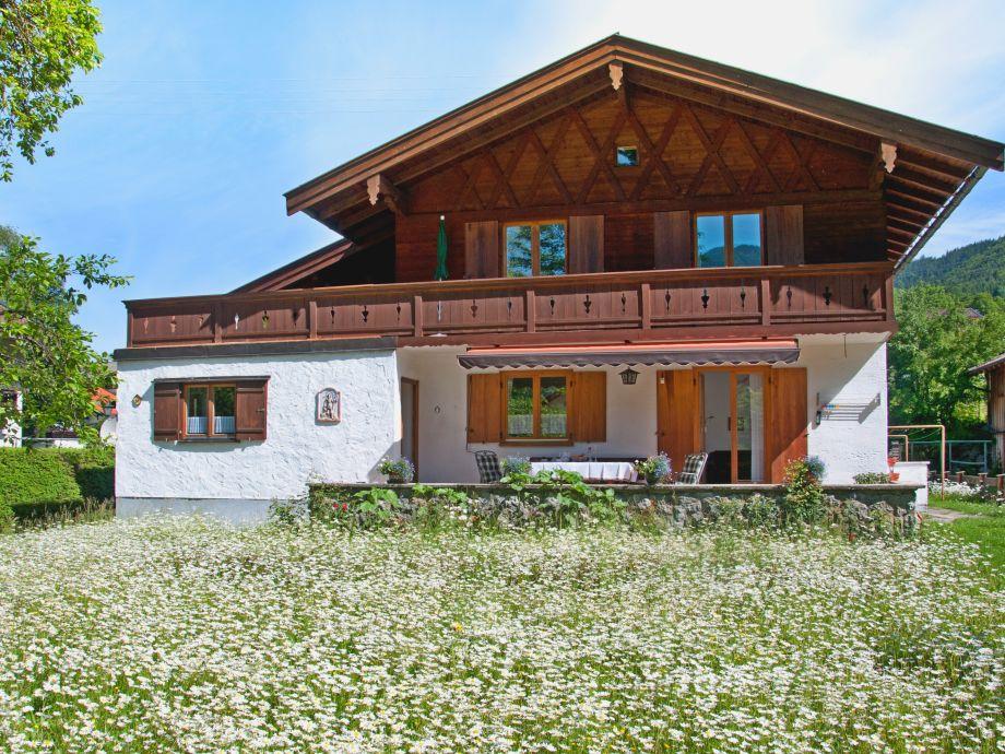 Ferienhaus Tegernsee mit Garten