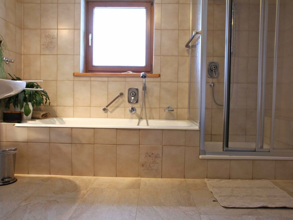 ferienwohnung fernsebner 2 alpen oberbayern chiemgau ruhpolding bayern herr johann fernsebner. Black Bedroom Furniture Sets. Home Design Ideas