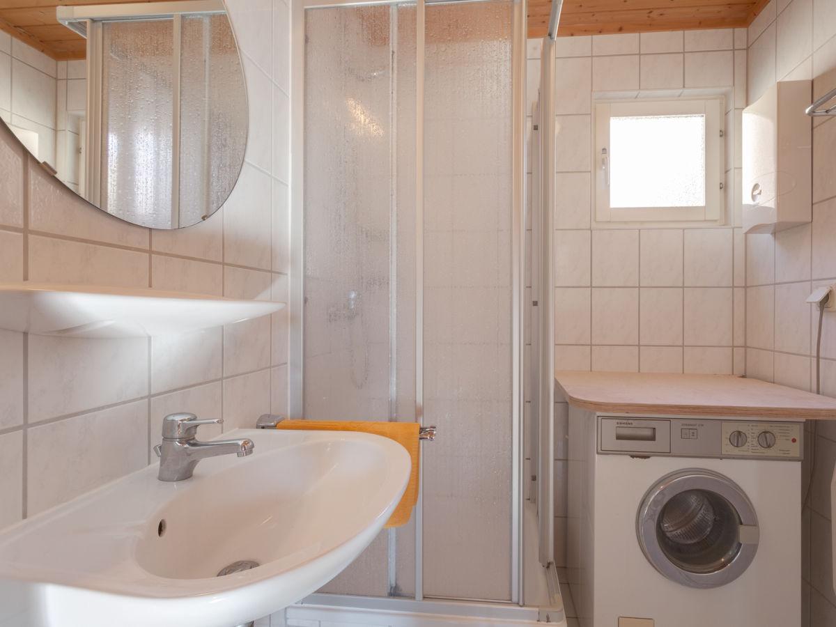 ferienhaus schwedenhaus rote seerose mecklenburgische. Black Bedroom Furniture Sets. Home Design Ideas