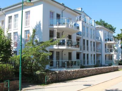 Kaiserbad Heringsdorf mit Schwimmbad und Sauna, direkt am Strand