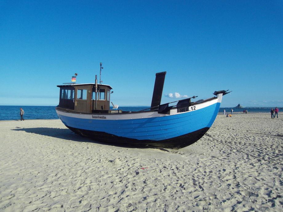 Ferienwohnung Kaiserbad Heringsdorf mit Schwimmbad und ...