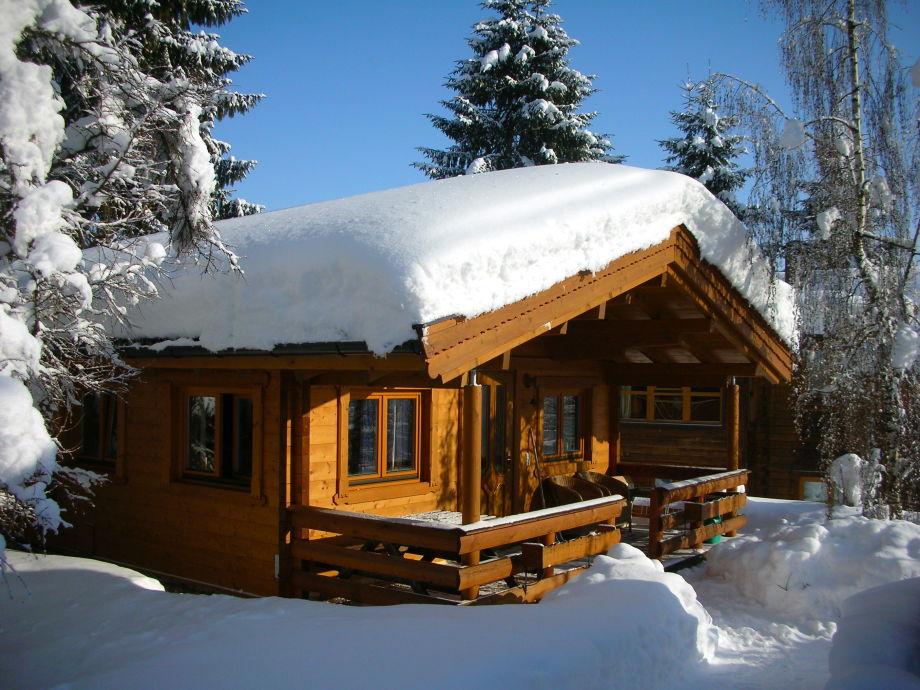 Hüttenzauber im Schnee