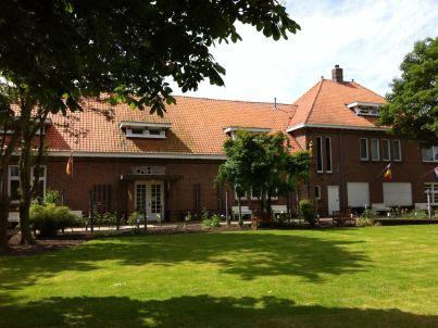 2 Het Klooster