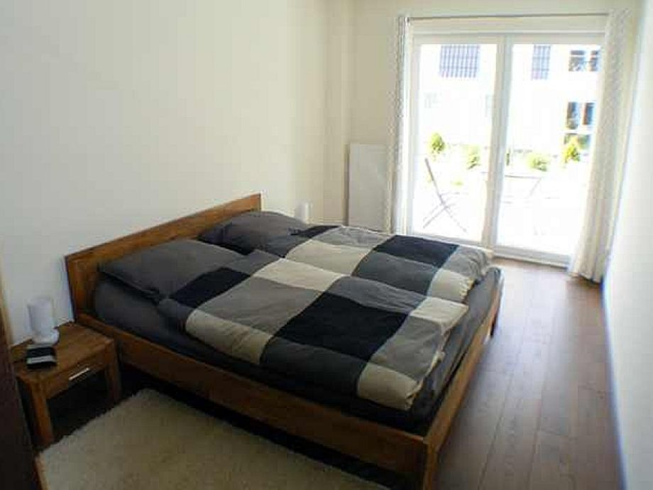 schlafzimmer gestalten gem tlich. Black Bedroom Furniture Sets. Home Design Ideas