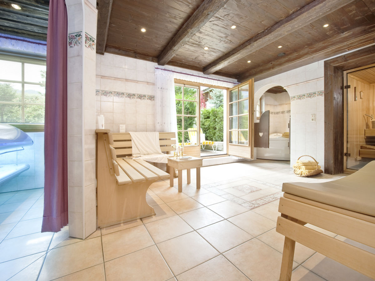 Ferienwohnung komfort bruggerhof mayrhofen zillertal - Sauna whirlpool ...