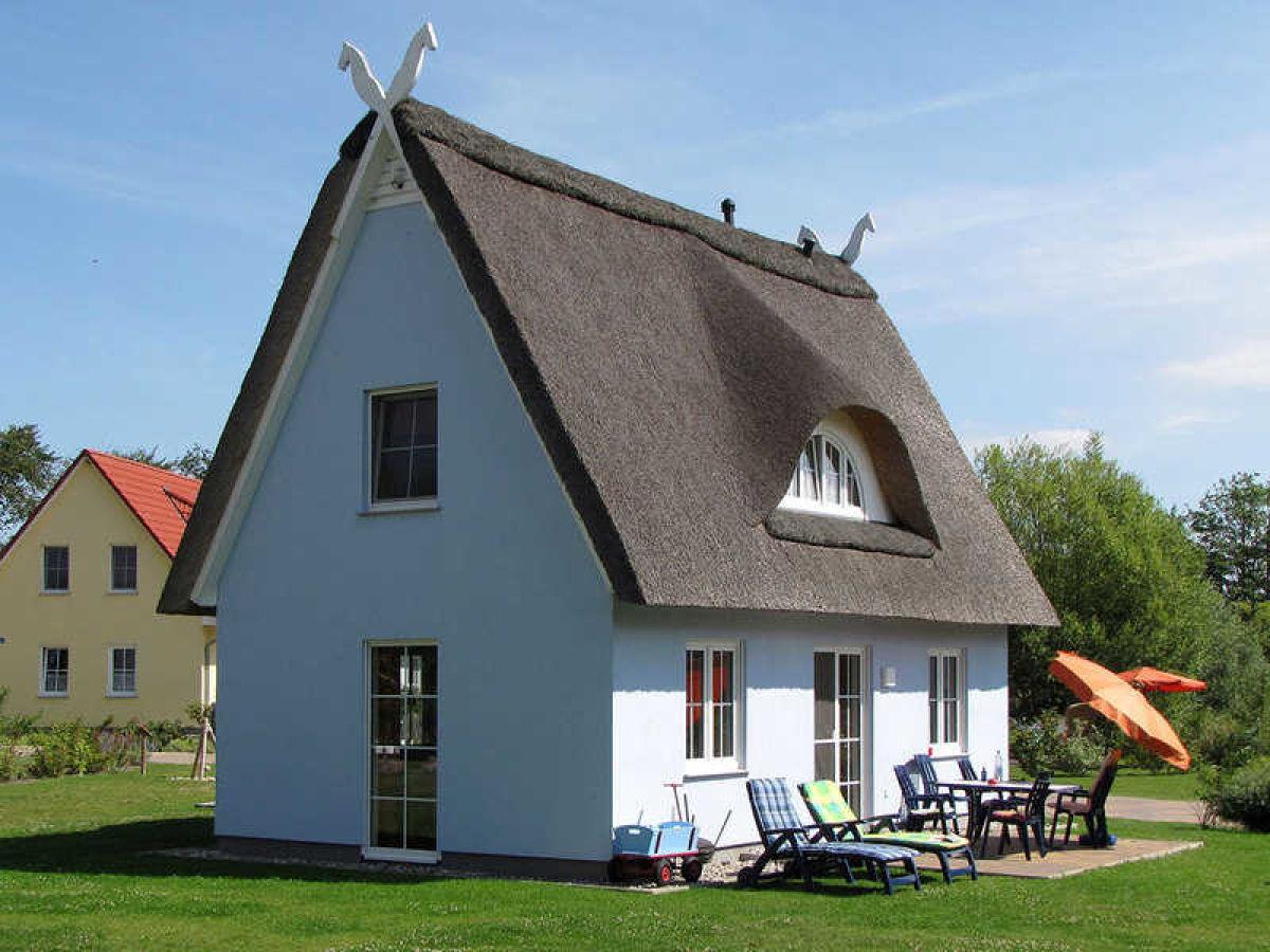 haus mit grundst ck nordsee ferienhaus wellmeyer nordholz spieka nordsee renovierungsbed. Black Bedroom Furniture Sets. Home Design Ideas