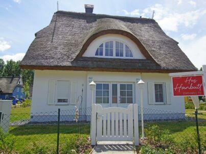 """Reet- Ferienhaus """"Hus Hanbutt"""""""