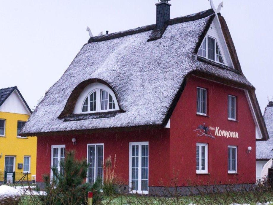 Außenaufnahme Reetdachferienhaus Kormoran Espenweg 20