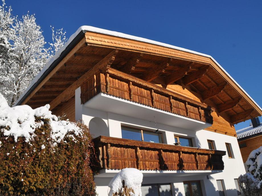 Ferienwohnung Chalet Schlossblick Südansicht