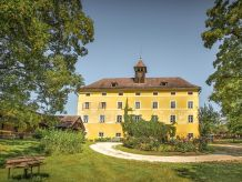 Holiday house Castello Gut Schloss Lichtengraben
