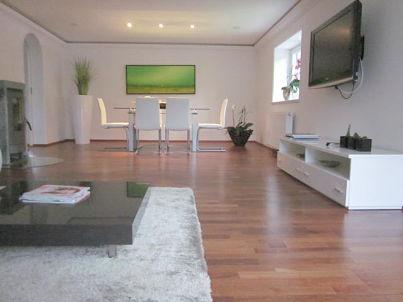 Bergblick II - Modern Living