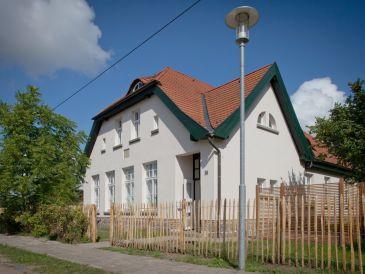 Ferienhaus Ehemaliges Pfarrhaus Alt-Teterin Wohnung II