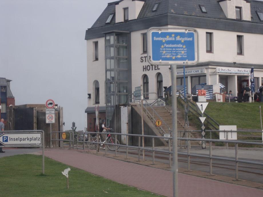 ferienhaus friesenhaus hollaenderdeich nordfriesland. Black Bedroom Furniture Sets. Home Design Ideas