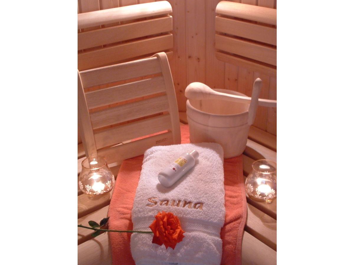 ferienwohnung sonnenblume im vitalhof niederhof s dtirol firma niederhof herr herbert frei. Black Bedroom Furniture Sets. Home Design Ideas