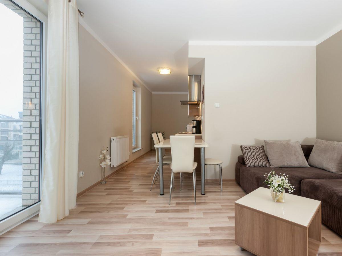 ferienwohnung feniks polen polnische ostsee swinem nde firma ferienwohnungen laguna frau. Black Bedroom Furniture Sets. Home Design Ideas