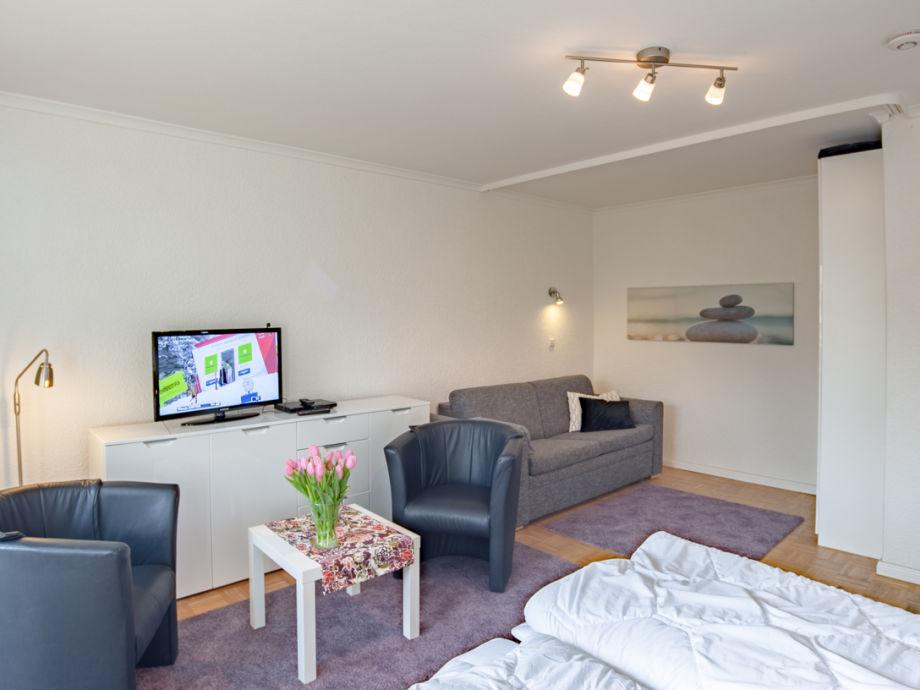Ferienwohnung nr 3 seezeit timmendorfer strand l becker bucht ostsee firma seezeit - Wohn schlafzimmer modern ...
