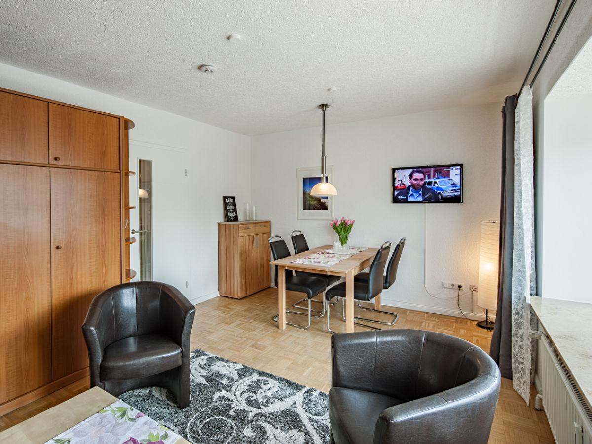 wohnzimmer mit essplatz und schrankbett - Reizvoll Wohnzimmer Design Vorstellung