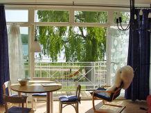 Ferienwohnung Villa Seerosen Ostseebad Binz mit Blick auf Schmachter See