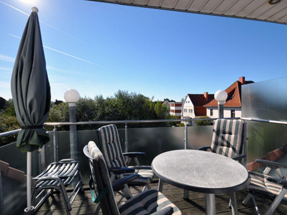 Schöner Balkon mit weiter Sicht