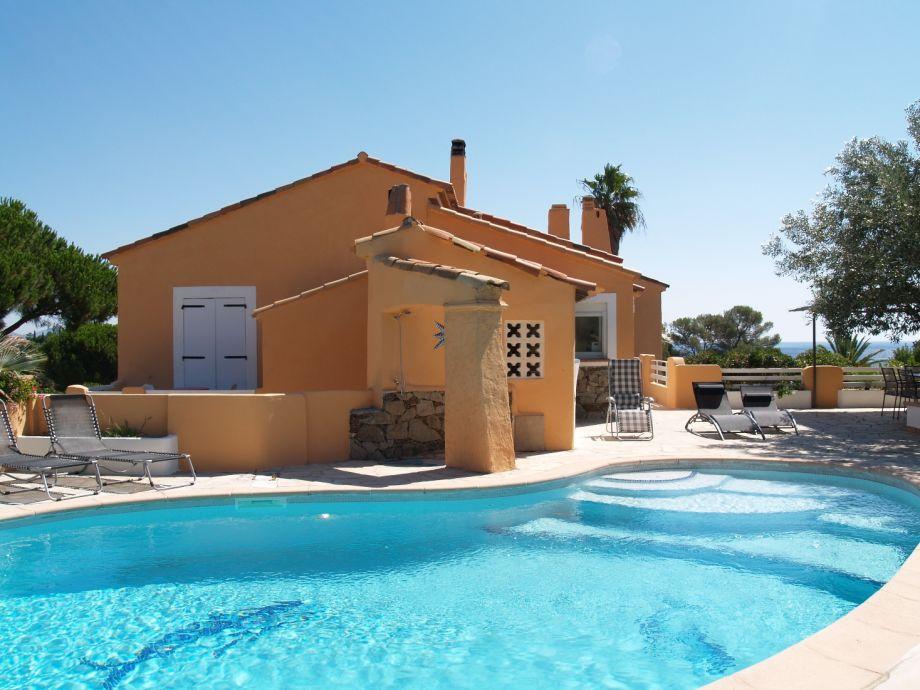 Ferienwohnung mit privatem Pool