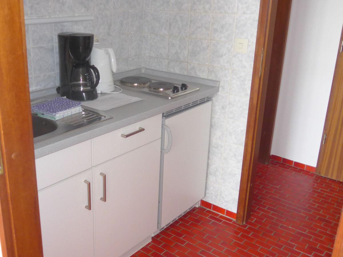 ferienwohnung 105 fewo mit meerblick ostbalkon haus seeblick borkum firma. Black Bedroom Furniture Sets. Home Design Ideas