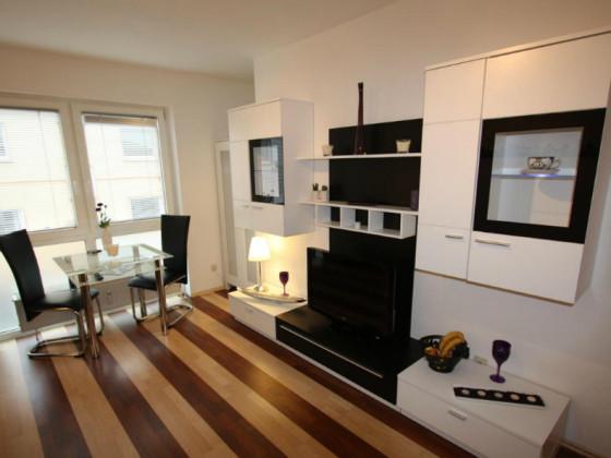 ferienwohnung pension zufriedenheit nordrhein westfalen ruhrgebiet dortmund firma j cker. Black Bedroom Furniture Sets. Home Design Ideas