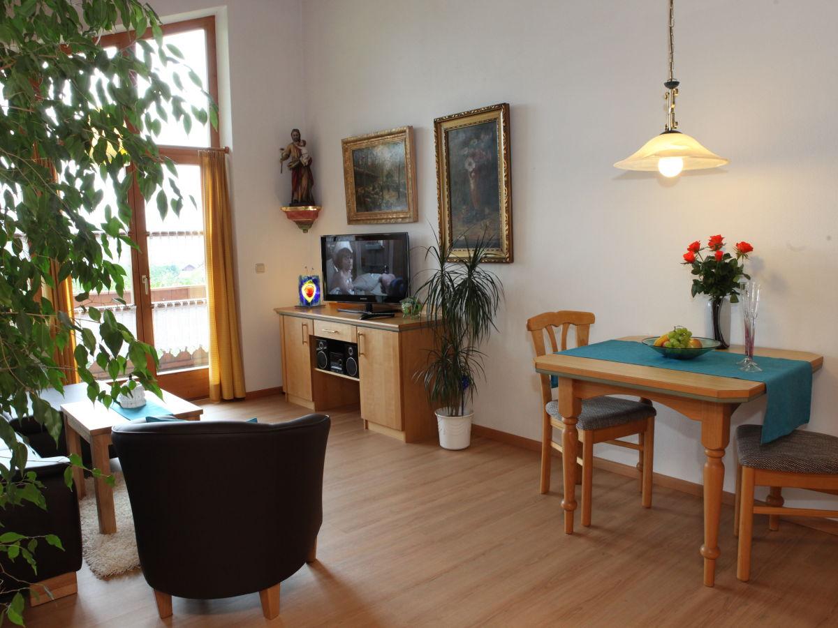 ferienwohnung studiowohnung mit traumblick im landhaus. Black Bedroom Furniture Sets. Home Design Ideas