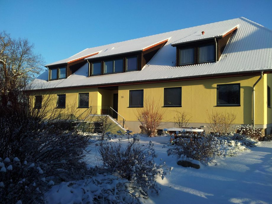 Wintertag am Naturferienhaus