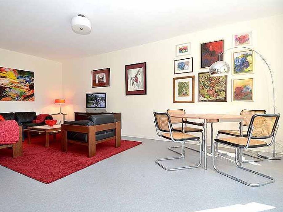 apartment lille having r gen sellin firma acquando frau irina verlos. Black Bedroom Furniture Sets. Home Design Ideas