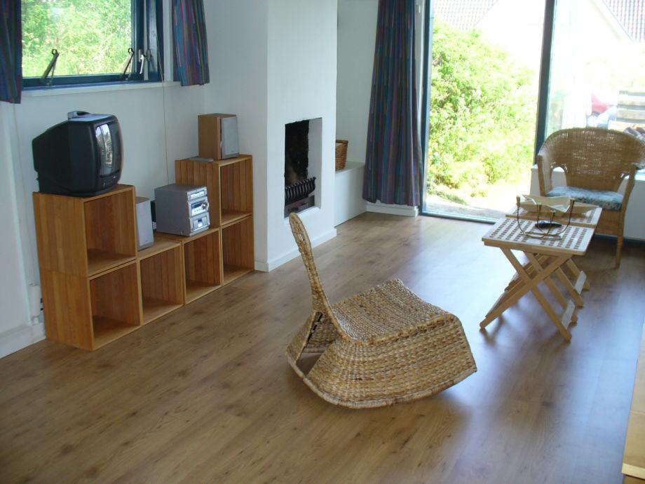 Ferienwohnung poseidon 3 nord holland bergen aan zee firma strandbergen firma frank und - Fernseher wohnzimmer ...