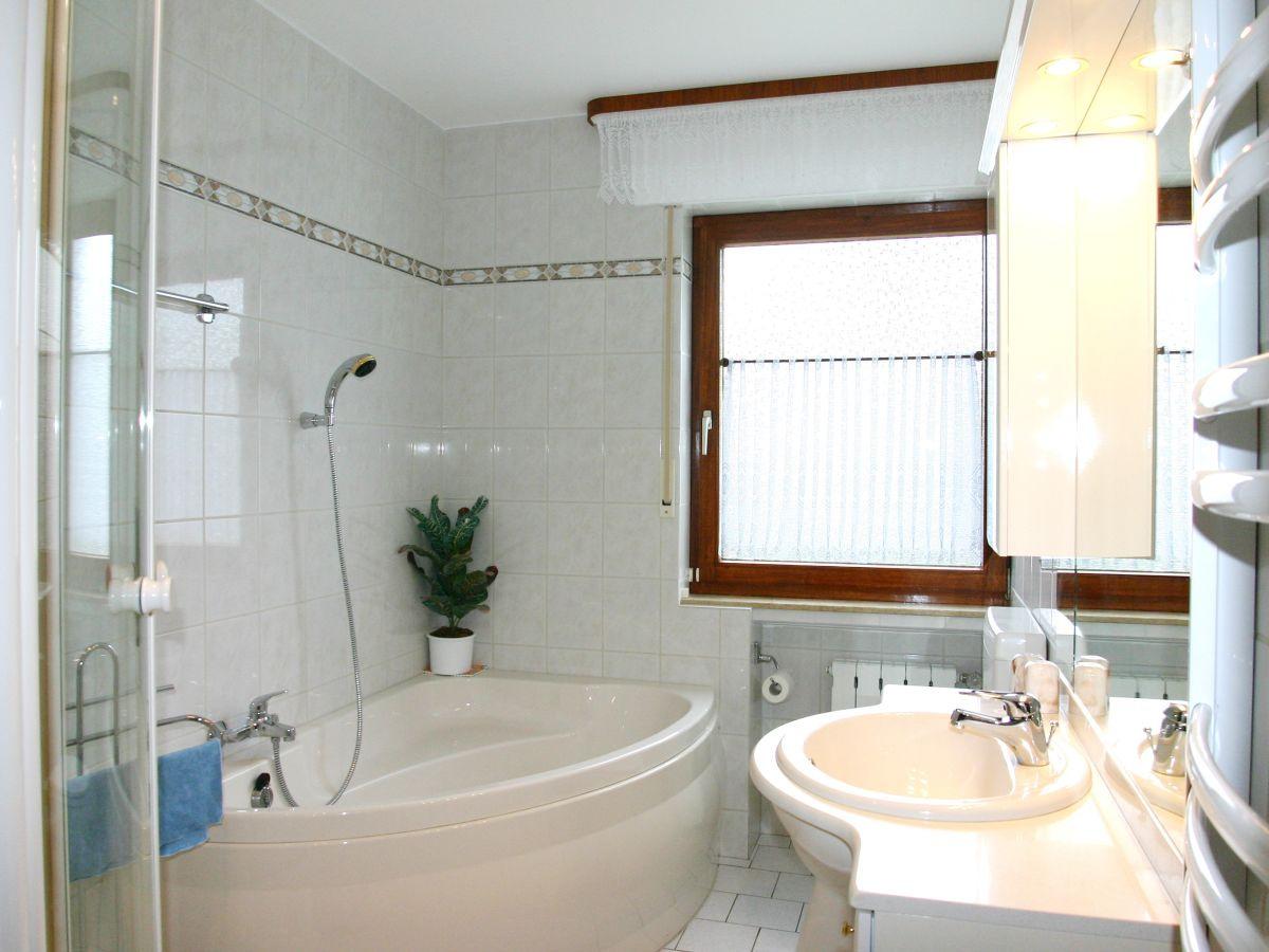 ferienwohnung familie buberti weserbergland bodenwerder familie walter buberti. Black Bedroom Furniture Sets. Home Design Ideas