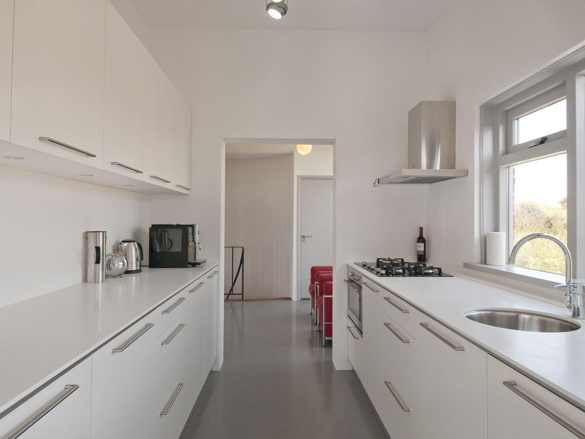 villa de vlieger nord holland bergen aan zee firma. Black Bedroom Furniture Sets. Home Design Ideas